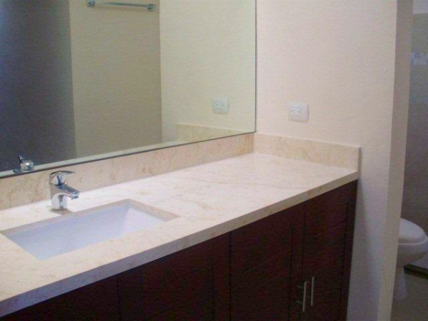 Bathroom. Residence for pre-sale at privada residencial Xcanatun (one floor).
