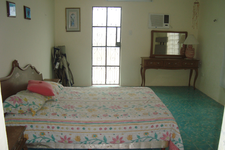 Furnished beach house for rent at Chicxulub in second row. Bedroom 3
