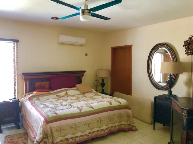 House for sale at Benito Juarez Norte. Bedroom