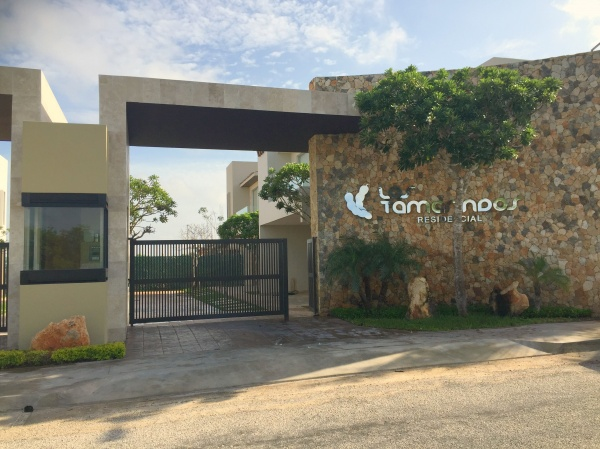 House for sale in exclusive gated community at Temozon Norte. Entrance
