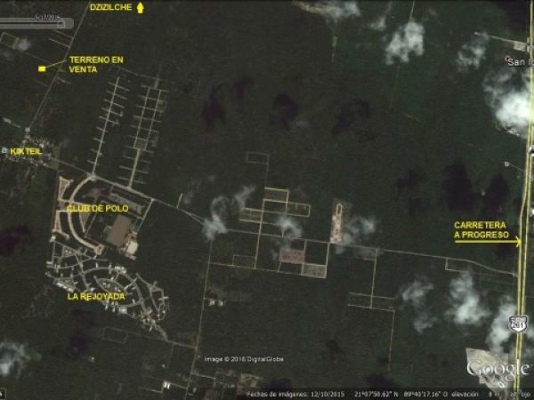 Two lots for sale at Komchen