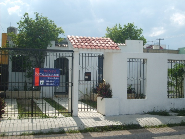 Nice house for rent at Jardines del Norte