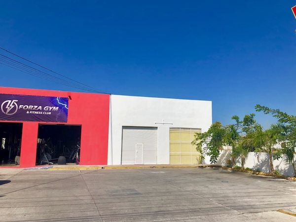Local comercial en Ciudad Caucel