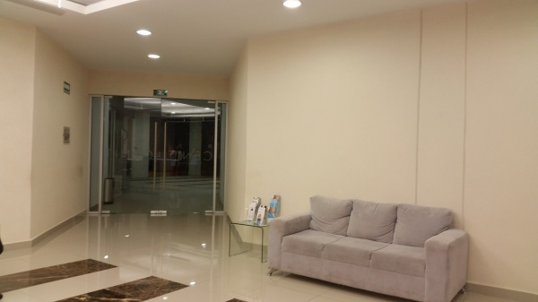 Magnifico consultorio en Cenit medical center altabrisa. Lobby