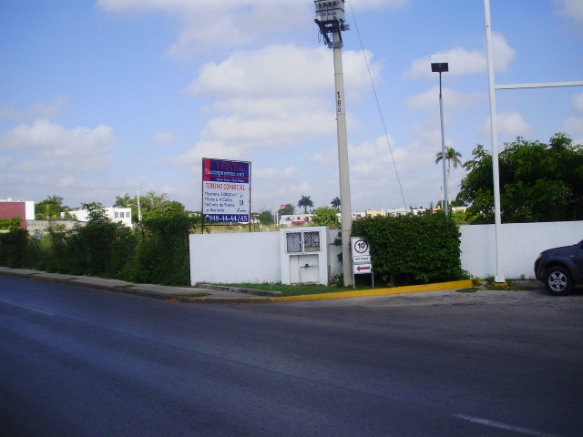 Magnificent Commercial land for sale in front of Sams Club Oriente. Yucatan Properties