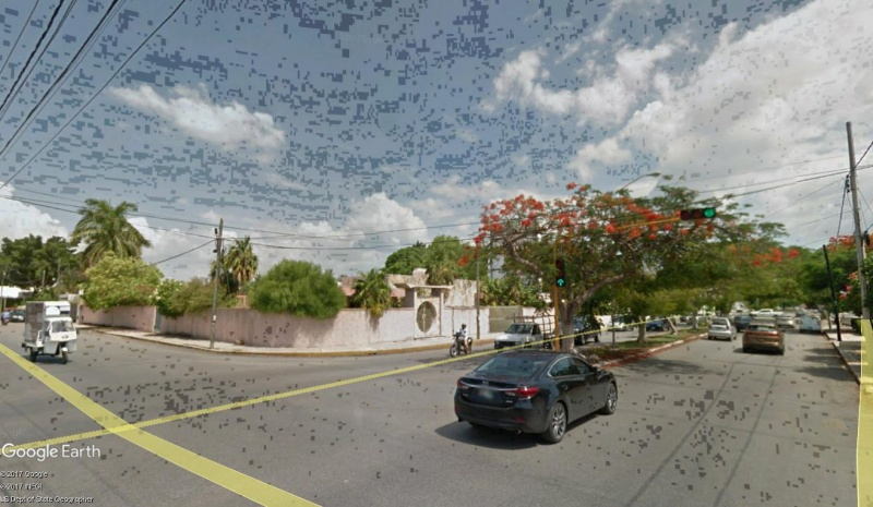 Commercial property at Colonia Mexico (corner on avenue). Traffic