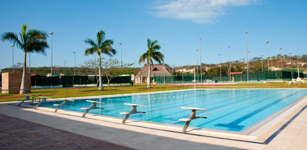 Terreno en venta en Campeche Country Club. Piscina