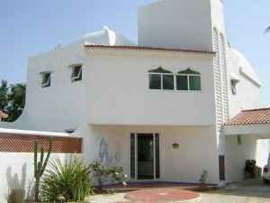 Furnished beach house at San Benito