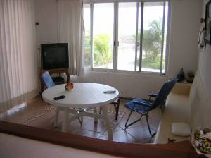 Furnished beach house at San Benito. Dining room