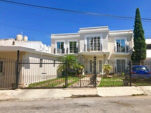 House for sale at Benito Juarez Norte