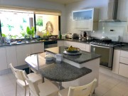 Residence in a gated community Club de Golf La Ceiba. Kitchen