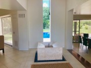 Residence in a gated community Club de Golf La Ceiba. Hall