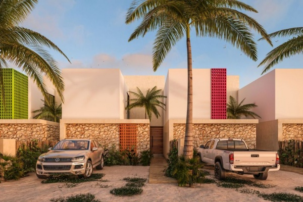 Villas and townhouses for sale at Chicxulub. Townhouses facade